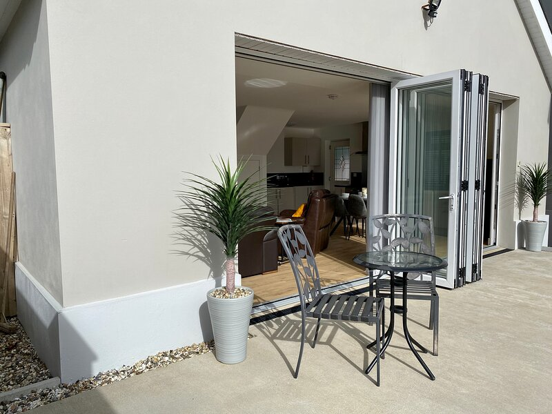 Annexe No8 - Luxury spacious self contained accommodation, holiday rental in Portfieldgate