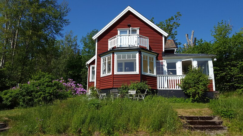 Villa Nyborg - By the Sea, holiday rental in Stockholm