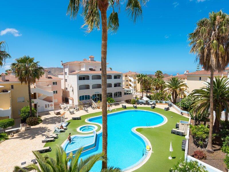 10E Country Club Apartment, location de vacances à Buzanada
