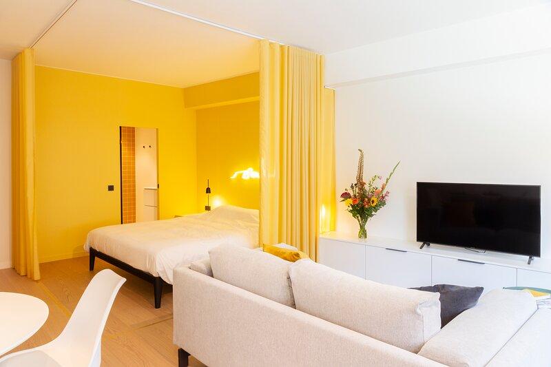 Nieuw gerenoveerde studio in Hartje Antwerpen, holiday rental in Nijlen