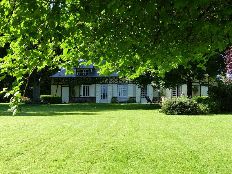 Orfea s home, maison de charme Lyons-la-forêt, 6/8 personnes, accès direct forêt, location de vacances à Montroty