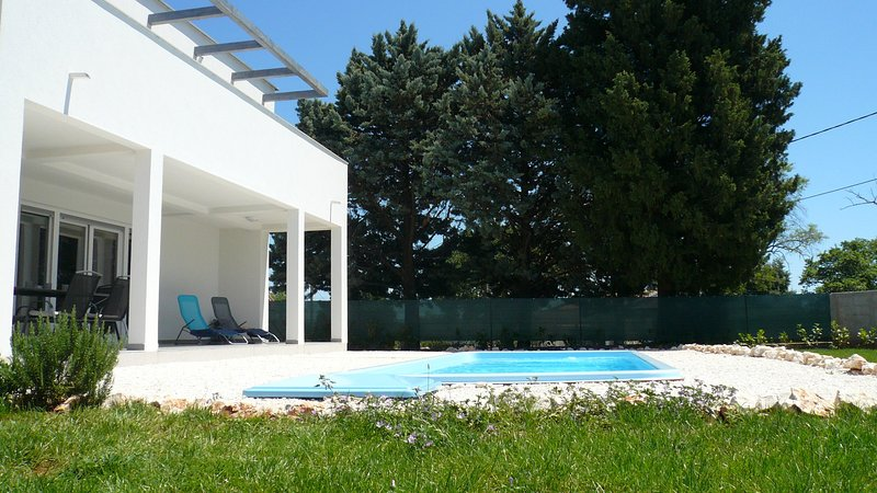 Filipana, Aria - holiday home with swimming pool, few min. drive from the beach, casa vacanza a Marcana