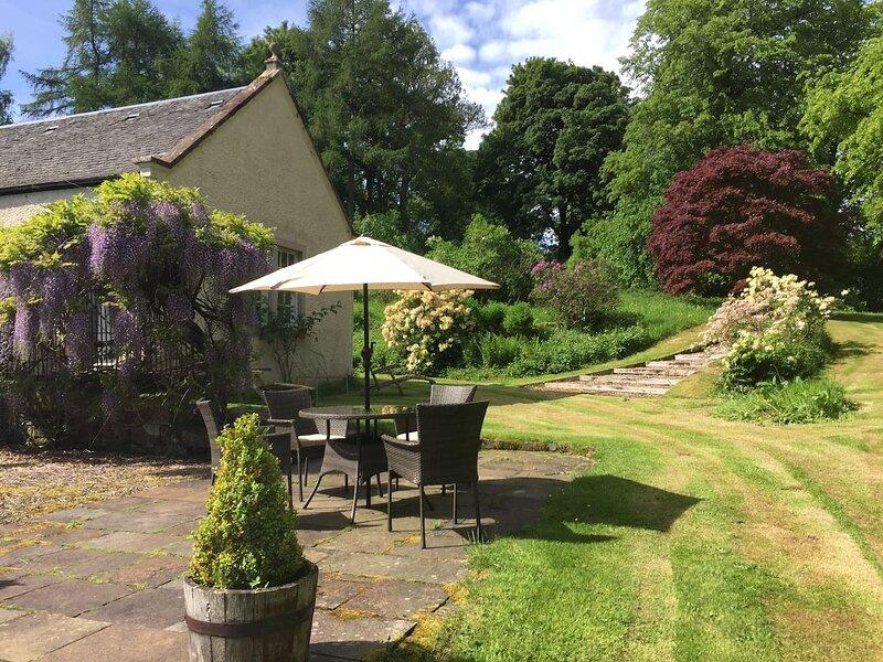 Charming Rural Cottage in Kippen, Stirlingshire, vacation rental in Gargunnock