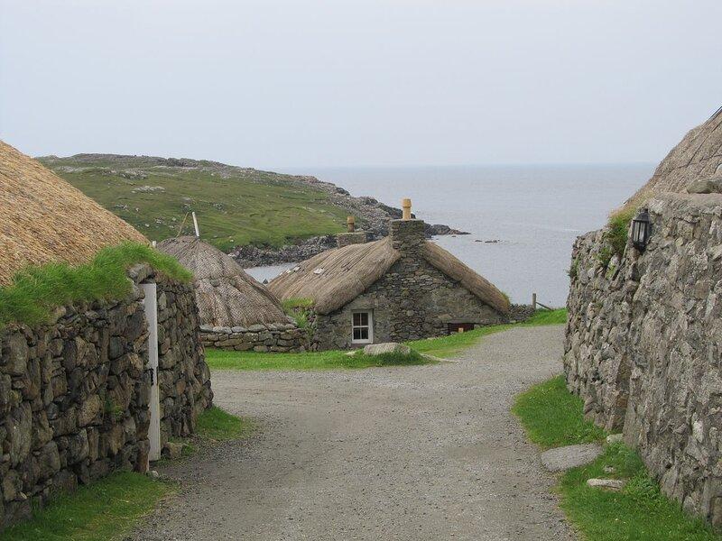 Gearranan Black House Village