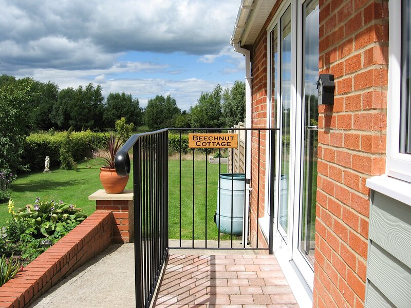Beechnut Cottage, Tewkesbury, holiday rental in Uckinghall