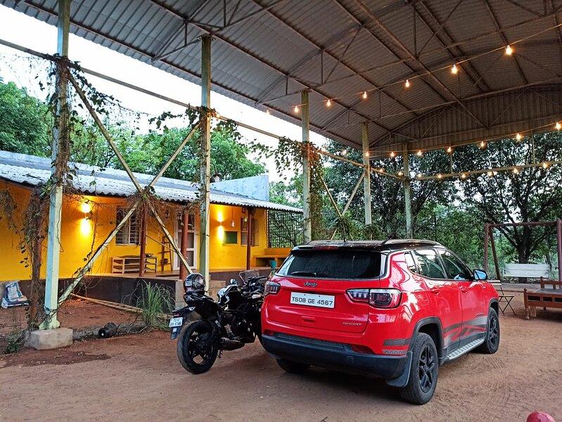 Hornbill Ranch organic farmstay, holiday rental in Hyderabad