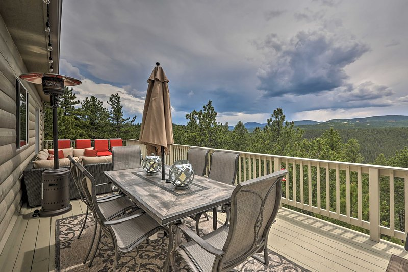 Bask in beautiful mountain views from the home's 2-level deck!