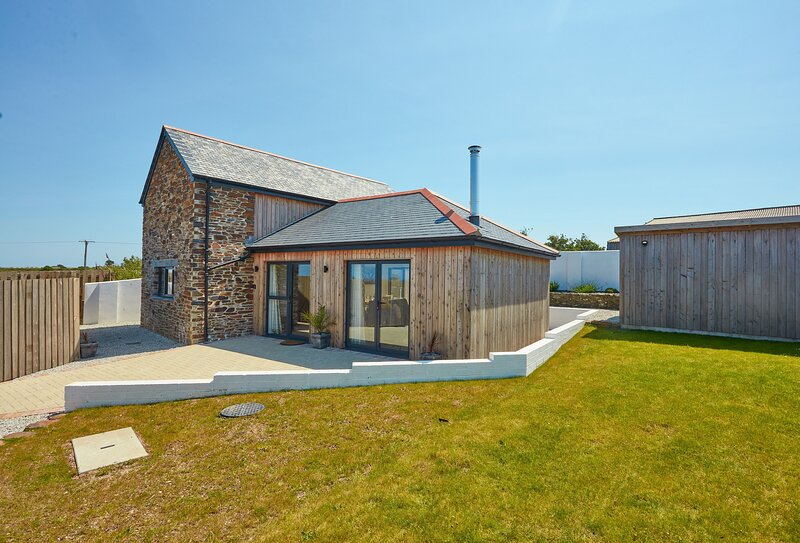 The Larches, holiday rental in Blackwater