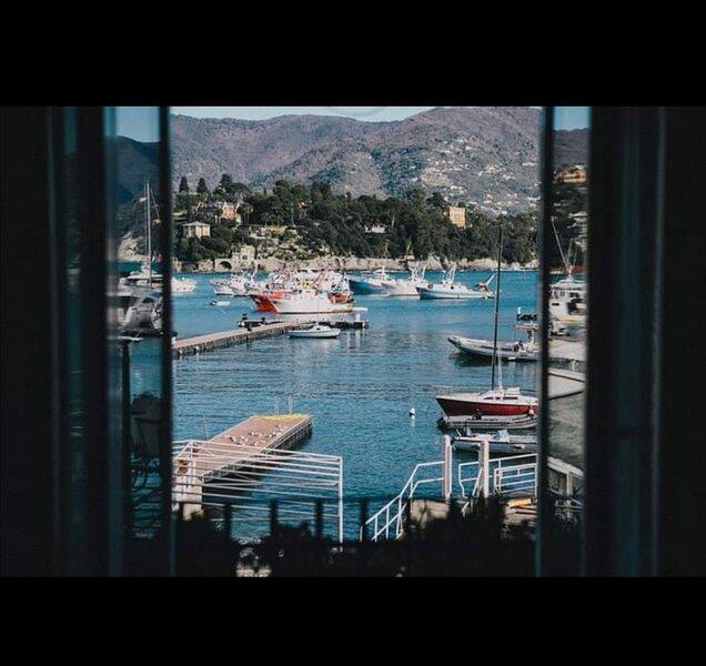 Lussuoso appartamento vista mare (prima fila), vacation rental in Portofino