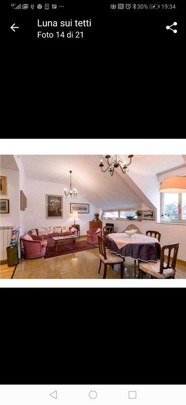 Grazioso appartamento centralissimo! Comodo:Vicino al mare e stazione., vacation rental in Portofino