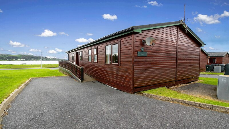 Rockhill Holiday Park, holiday rental in Crocknamurleog
