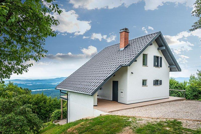 Elipa House, holiday rental in Senturska Gora