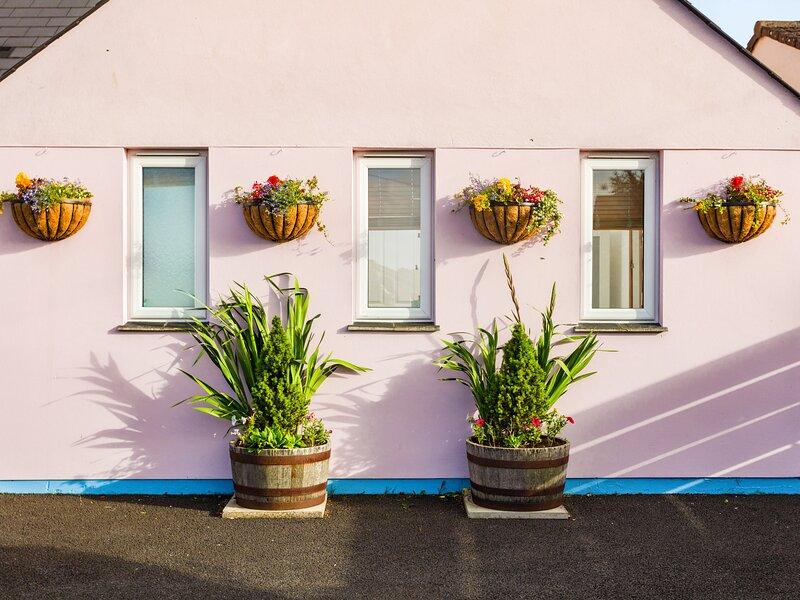NECTAN, en-suites, WiFi, pet-friendly, off road parking, in Mevagissey, Ref, location de vacances à St Goran