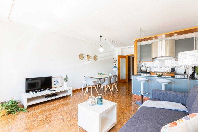 Aguda Beach Apartment, holiday rental in Grijó
