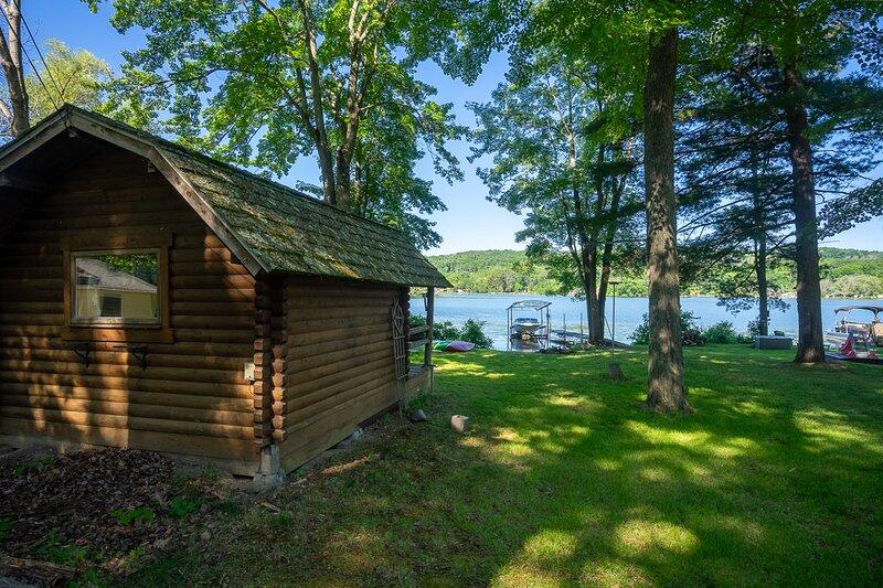 Memory Island, holiday rental in Corning