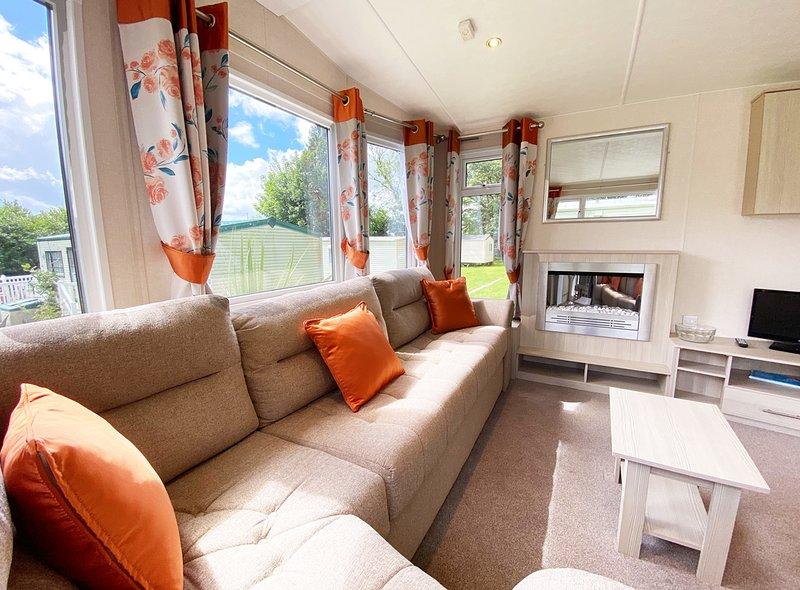 22 Torino - 6 berth caravan, holiday rental in Roche