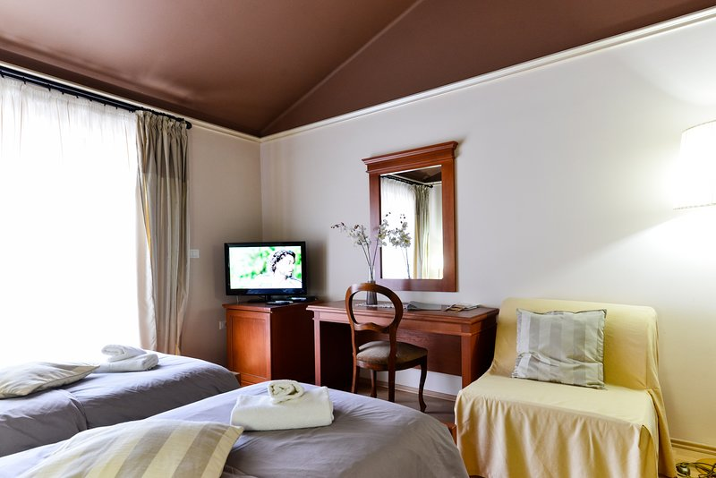 Appartamento studio4 Umag-Savudrija con piscina Wi-Fi zona prendisole parcheggio, vacation rental in Kanegra
