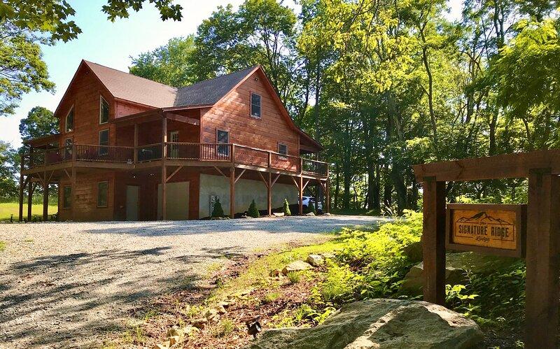 Signature Ridge Lodge, holiday rental in Banner Elk