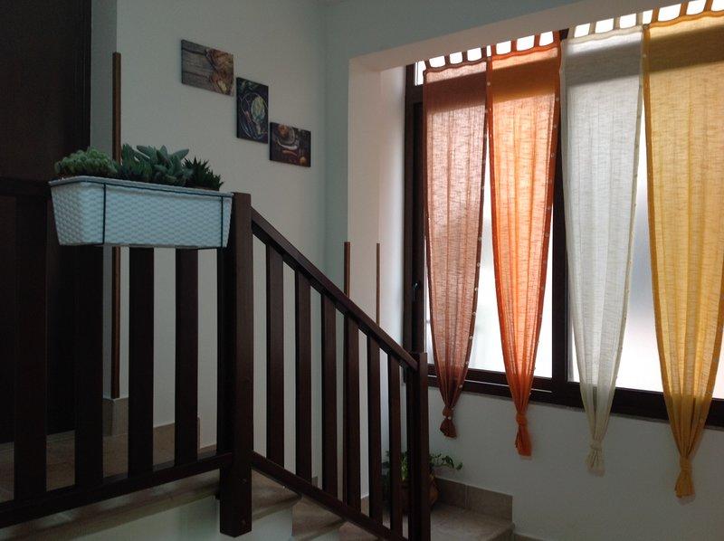 Casa Gaia Palermo, appartamento adibito ad affitti brevi! Storia e Cultura, holiday rental in Giuliana