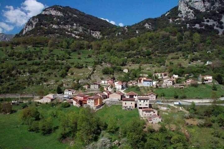 Alquiler vacacional picos de Europa, holiday rental in Alles