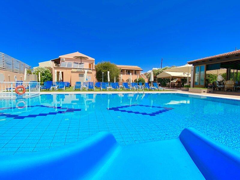 Lavender Apartment - Sidari Center, holiday rental in Ereikoussa