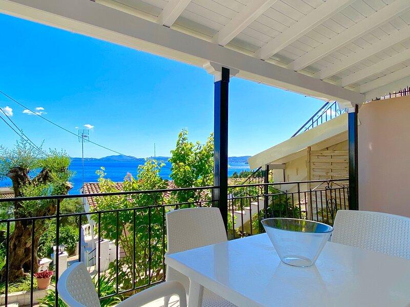 Nissaki Sunflower Luxury Apartment, holiday rental in Nissaki