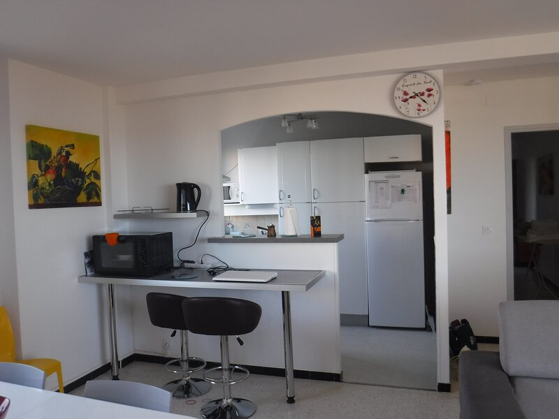 Front de mer 3 *** terrasse , Waterfront 3 *** Ter, vacation rental in Narbonne