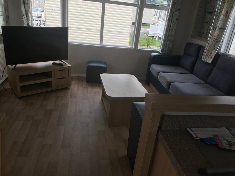 3 Bed Caravan presthaven sands holiday park, location de vacances à Ffynnongroyw