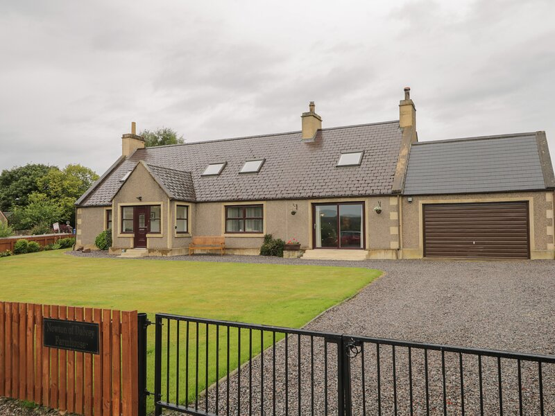 Newton of Dalvey Farmhouse, Forres, vakantiewoning in Findhorn