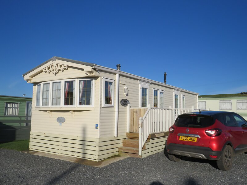 Angel Heights, luxury static caravan, vacation rental in Newton Stewart