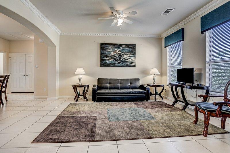 8 guests,Three bedroom like new condo,, casa vacanza a North Houston