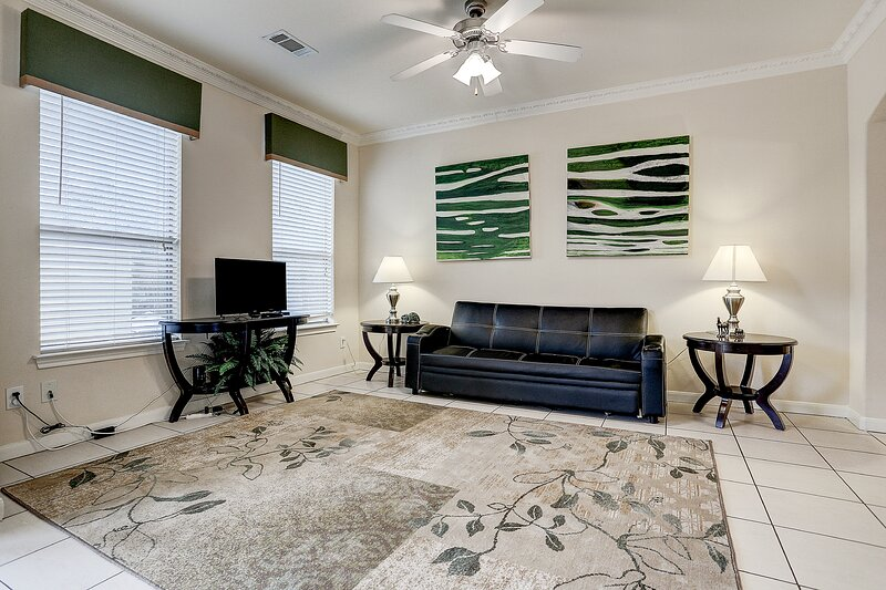 4 bdrm,8 guests,2 bath,, holiday rental in North Houston