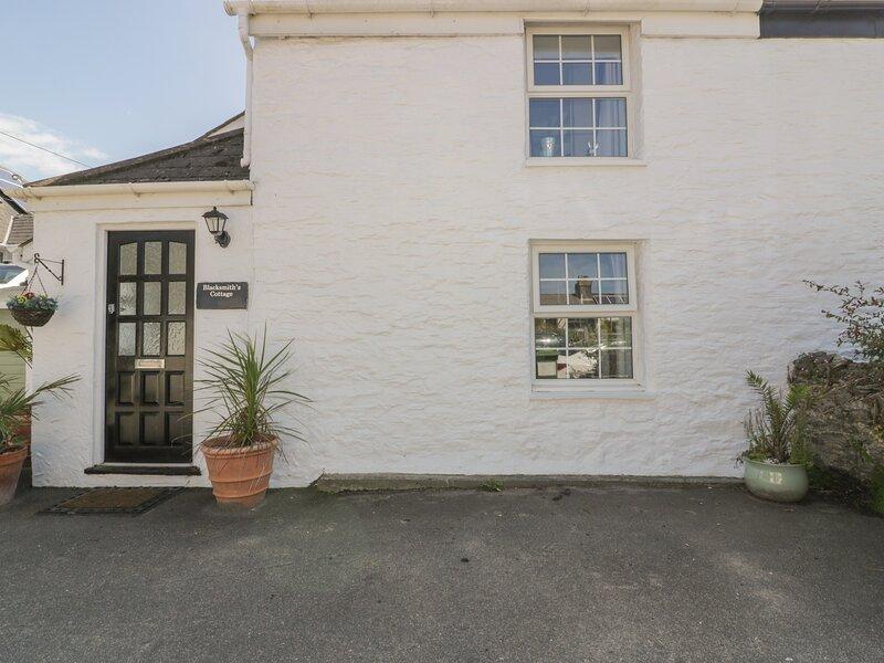 Blacksmith's Cottage, Crantock, holiday rental in Crantock