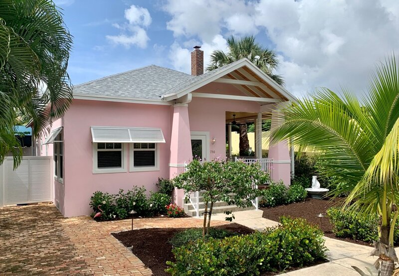 Nini's Cottage 4bd-3ba - Private Pool - Parking, alquiler vacacional en Lake Worth