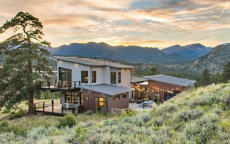 Ascent Vacation Home at Windcliff, vacation rental in Estes Park
