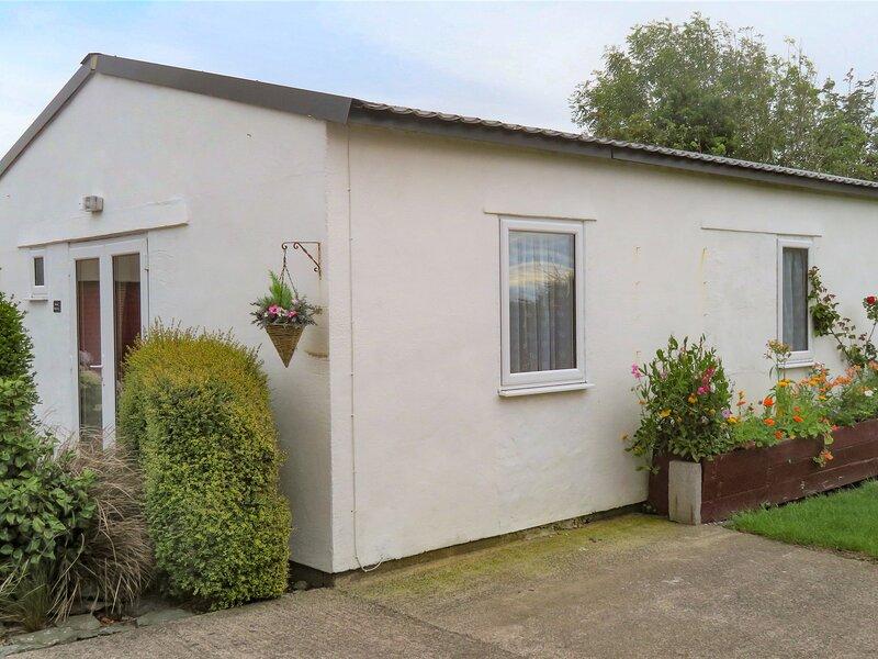 Bwthyn Bedd-Y-Cor, Llanfachraeth, aluguéis de temporada em Elim