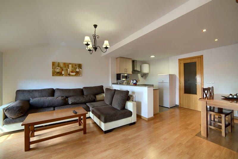 Nice apartment in Gúdar & Wifi, location de vacances à Alcala de la Selva