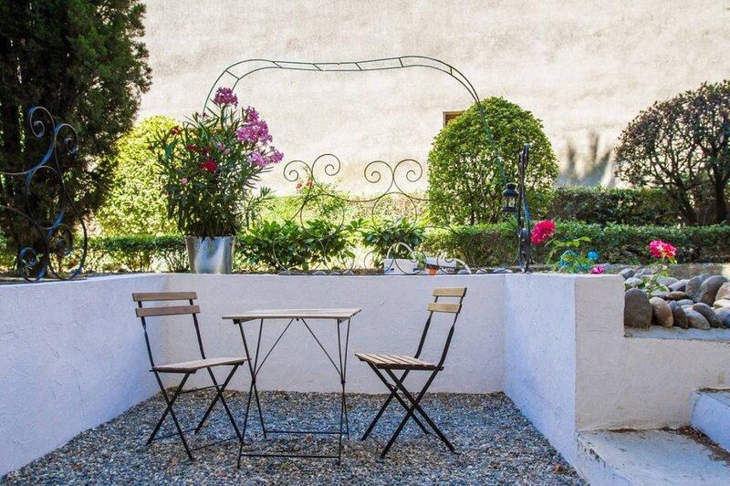 JOLI NID, Bel appartement de 46m2 avec terrasse !, holiday rental in Beauzelle
