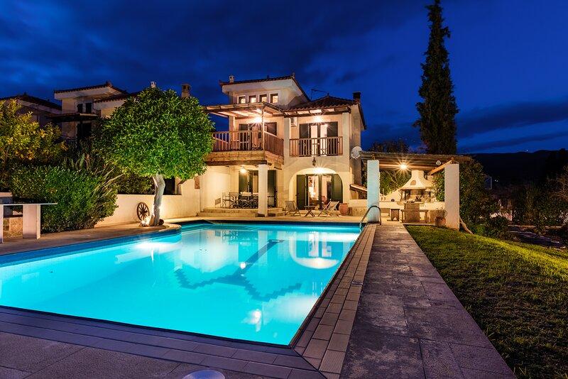 Villa Nefeli, vacation rental in Thermisia