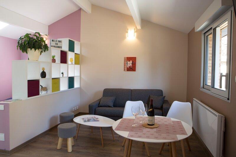 Appart Grands Crus entre Dijon et Beaune Noisot 2, holiday rental in Vosne-Romanee