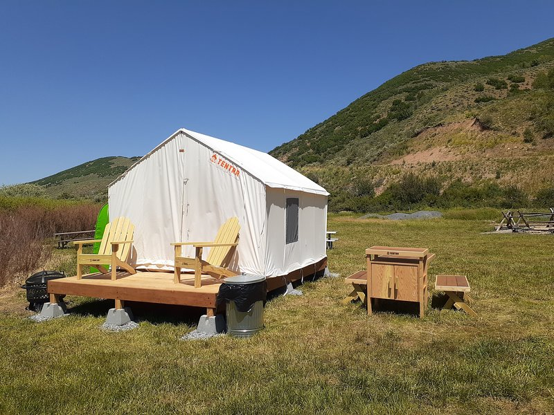 Tentrr State Park Site - East Canyon State Park: Mormon Flats Triple Site F, casa vacanza a Coalville