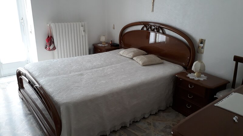 D'ERRICO'S HOUSE, holiday rental in Siponto