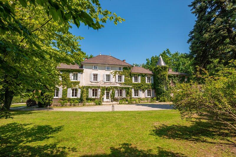 Château des Ayes | Vacances| Mariages| Séminaires | Restaurant, holiday rental in Notre Dame-de-l'Osier