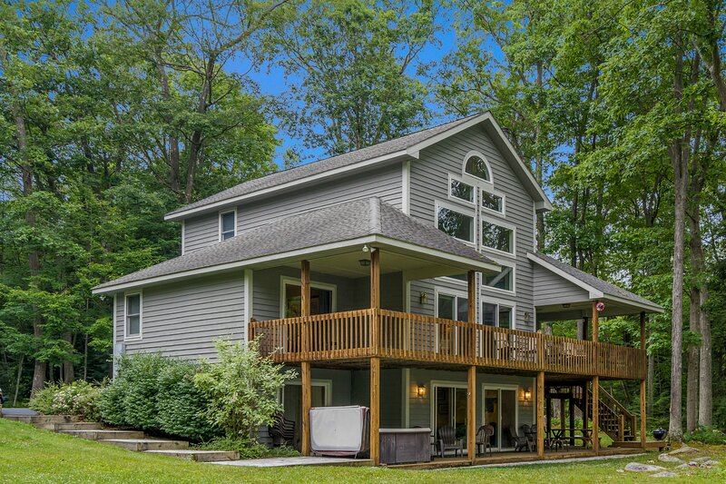 Glistening Waters, vacation rental in Reedsville