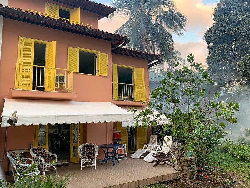 Casa espetacular no condomínio Porto Galo- Angra dos Reis., vacation rental in Angra Dos Reis