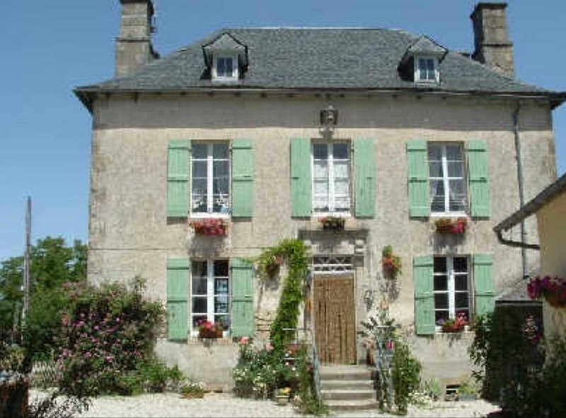 Beautiful Country Manor house in the heart of the French countryside., holiday rental in Rilhac-Xaintrie