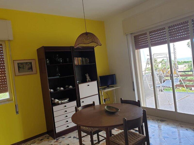 Villa del Timone. Lo spazio per il tuo relax, holiday rental in Piccio