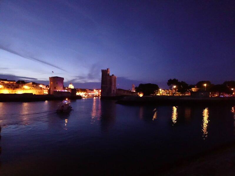 Entrée vieux Port (Tour de La Chaîne et Tour St Nicolas)
