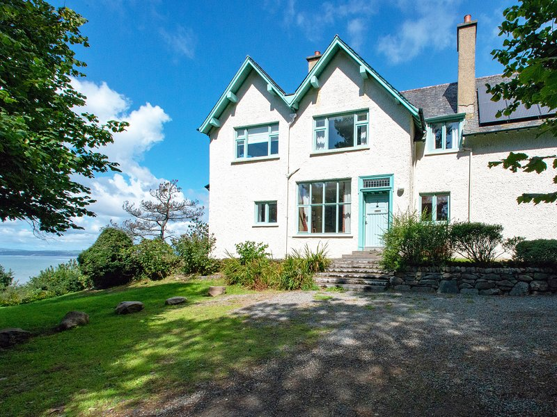 Llys Tanwg, Harlech, vacation rental in Harlech