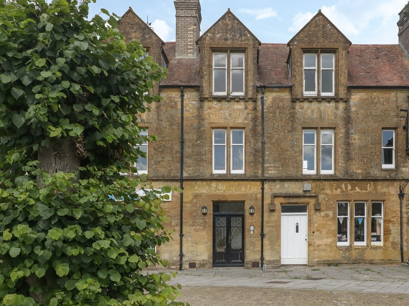 1 Abbey Court, Sherborne, vacation rental in Watou